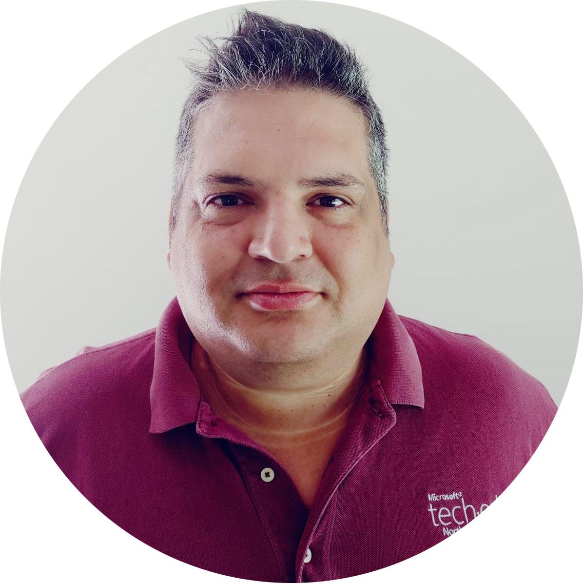 Roberto DL